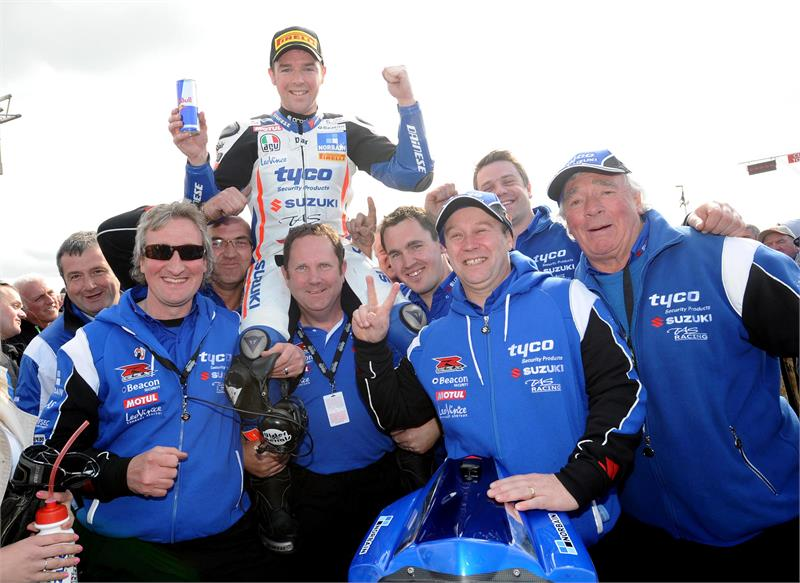 NW200-Seeley-Team